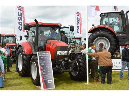 Maxxum CVX launched in the UK at cereals
