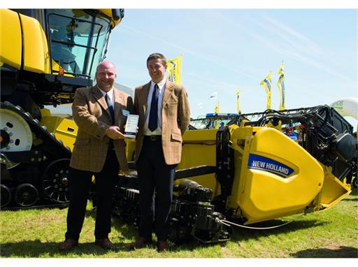 New Holland Dual Stream header wins IMMA Gold award