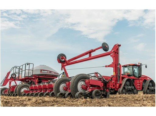 The Early Riser® brings together the best row unit with the latest technology from Precision Planting.®