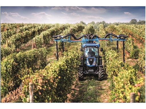 New Holland Agriculture introduces the new T4 FNV series of narrow tractors