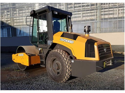 CASE SV208D single drum vibratory compactor