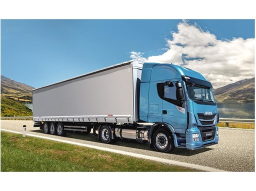 Stralis NP, the first natural gas truck specifically designed for long-haul operations
