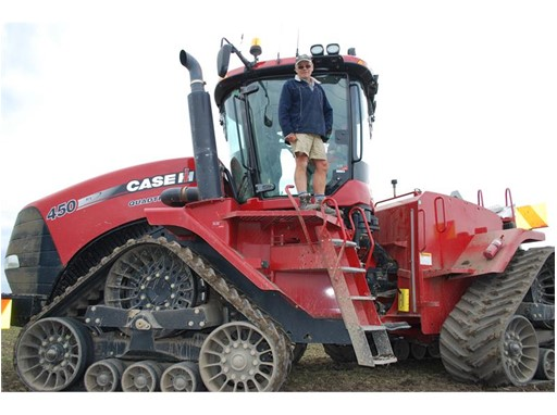 Eric Watson with his Case IH 9230 Axial-Flow® combine that achieved a World Record