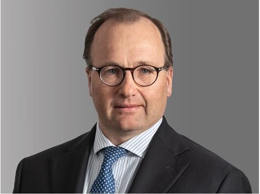 Oddone Incisa  金融服务事业部总裁