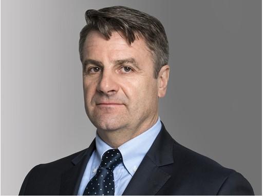 Стефано Пампалоне Директор-распорядитель региона Азии, Ближнего Востока и Африки