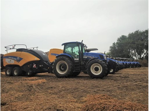 New Holland Agriculture delivers the first BigBaler 890 Plus in India