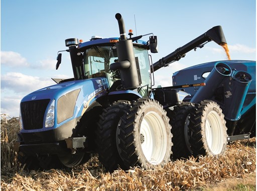 New Holland unveils T9 with PLM Intelligence
