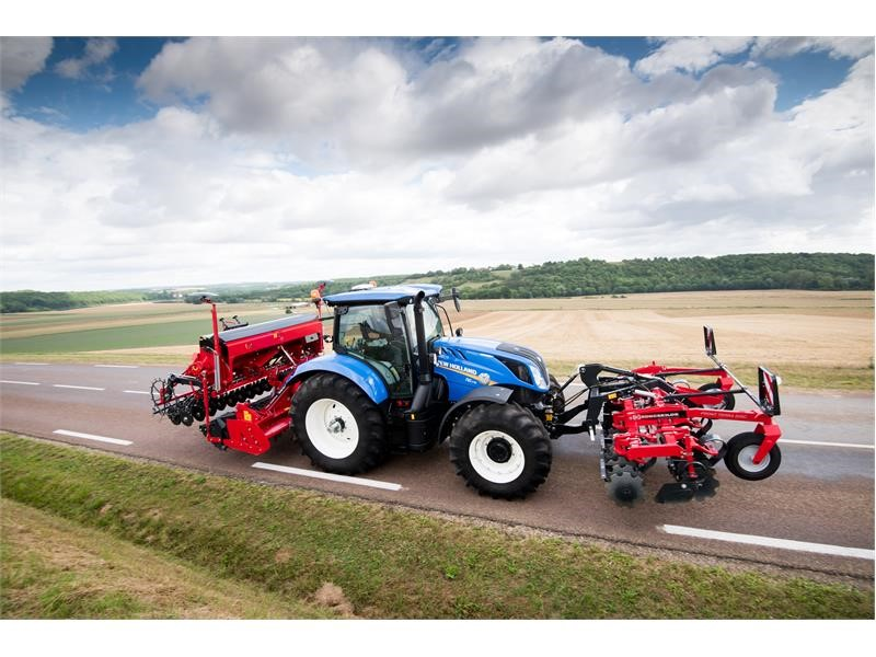 CNH Industrial Newsroom : New Holland Agriculture T6 Dynamic