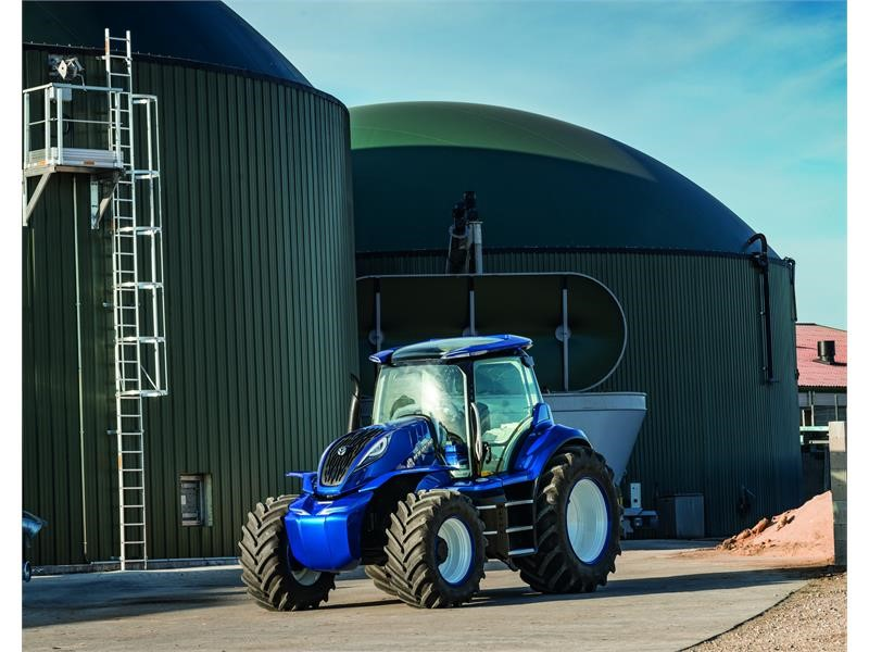 Cnh Industrial Newsroom New Holland Agriculture Unveils Methane Powered Concept Tractor And Its Vision For The Sustainable Future Of Farming
