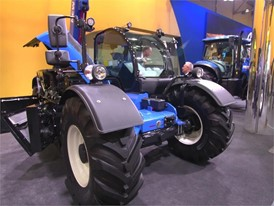 New Holland Agriculture LM 42