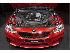 Continental at IAA 2015 BMW M4 2