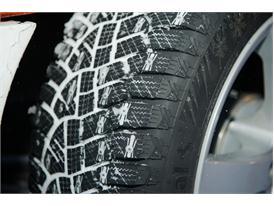 Winter Tires: Snow 73