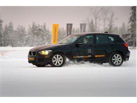 Winter Tires: Snow 76
