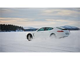 Winter Tires: Snow 86