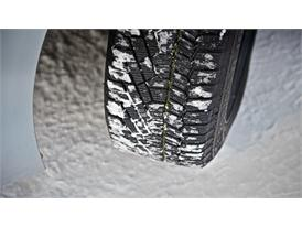 Winter Tires: Snow 89