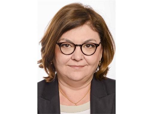 VALEAN, Adina Ioana