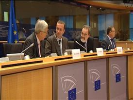 Commission President candidate Juncker courts fellow EPP Group Members before confirmation vote