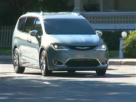 2017 Chrysler Pacifica Running Footage