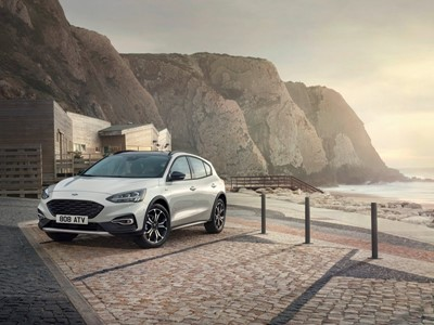 Ford Unveils All-New Focus – Most Innovative, Dynamic and Exciting Ford Ever – 20 Years on from Original Game-Changer