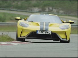 Ford GT - b-roll track