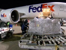 FedEx B-Roll Holiday 2014
