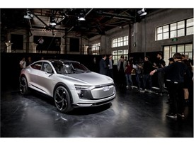 Audi e-tron Sportback Concept 23