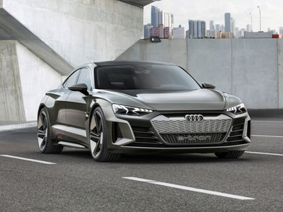 Electrifyingly fun to drive: the Audi e-tron GT concept