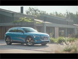 Audi e-tron trailer 2018