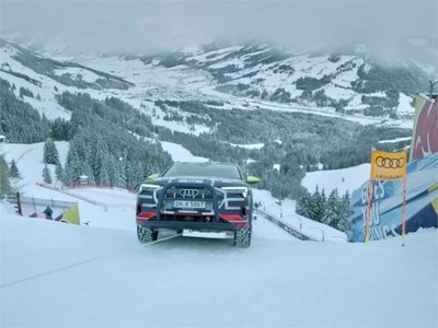 "Audi e-tron extreme: Technology demonstrator on legendary ""Streif"""