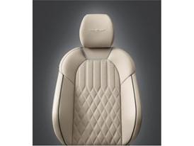 G70 SEATS