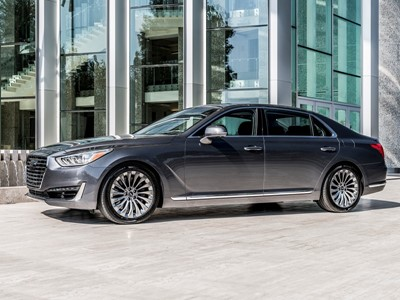 2017 Genesis G90 Named Ruedas Espn Best Luxury Sedan