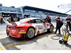Dunlop and Porsche do the double at Nürburgring