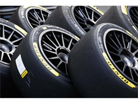 All new tyre ranges for Dunlop endurance teams make race debut at Silverstone - tires