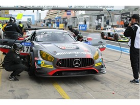 Pole Position for Dunlop and HTP Mercedes AMG