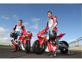 John McGuinness and Guy Martin show off the new Honda Fireblade at the Dunlop test
