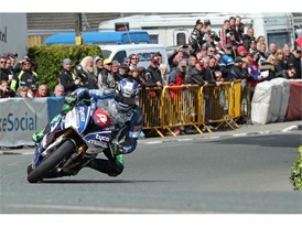 Ian Hutchinson secured his second TT win back on Dunlop tyres with victory in Superstocks