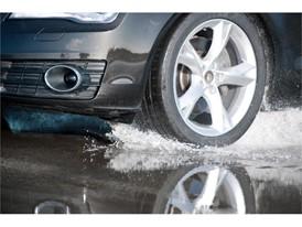Zimní pneumatiky jsou v létě nebezpečné, je nejvyšší čas je přezout