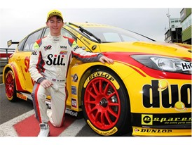 Reece Barr - MINI Winner on Dunlop BTCC Test Debut