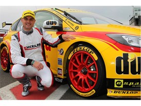 Matthew Hammond , Mini Champion on Dunlop BTCC Ford Focus Test Debut