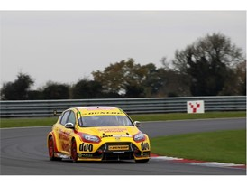 Team Shredded Wheat with Duo and Dunlop hosted the BTCC test at Snetterton