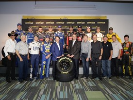 Goodyear e NASCAR prolungano la loro partnership storica