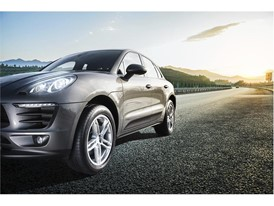 Dunlop sport Maxx RT 2 SUV - Beauty shot (1)