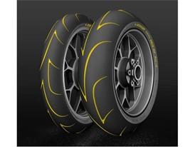 Jeden rok, štyri nové pneumatiky. Dunlop na čele vo vývoji hyperšportových pneumatík.