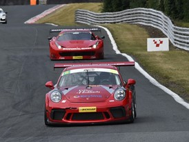 Porsche v Ferrari in the Dunlop Endurance Championship