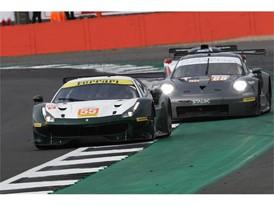 Spirit of Race Ferrari ahead of GTE championship leading Proton Competition Porsche