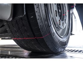 Drive-Over-Reader's Laser reading tyre's tread depth