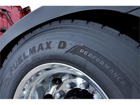 Goodyear FUELMAX D Performance drive tyre