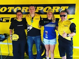 Kiara with the Dunlop team after her title win