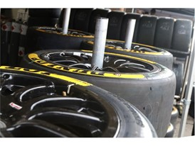 Dunlop, sponsor and sole tyre supplier to BTCC, raised funds via auction for Macmillan