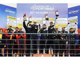Proton Competition Porsche wins - JMW Ferrari second
